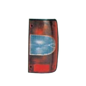 HILUX98 TAIL LAMP